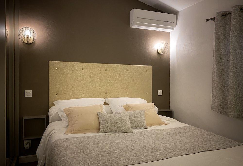 Chambre 2 vue tête de lit