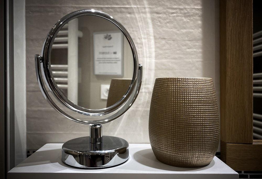 La Soulayla SDB 1 petit miroir