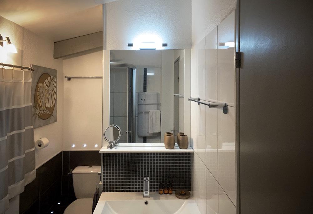 La Soulayla SDB 2 lavabo et wc