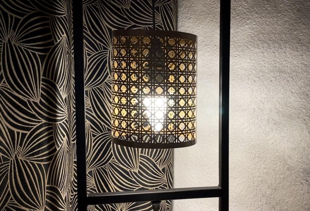 La Soulayla lampe chambre 3
