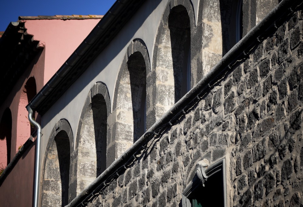 Maison en pierre de lave Agde